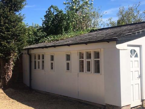 Unique,Detached,Private Coach House.Great location