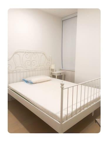 曼哈顿下城公寓豪楼单间中短租 Manhattan FIDI Downtown cozybedroom