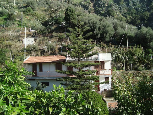 Sizilien Casa indipendente immersa nel verde