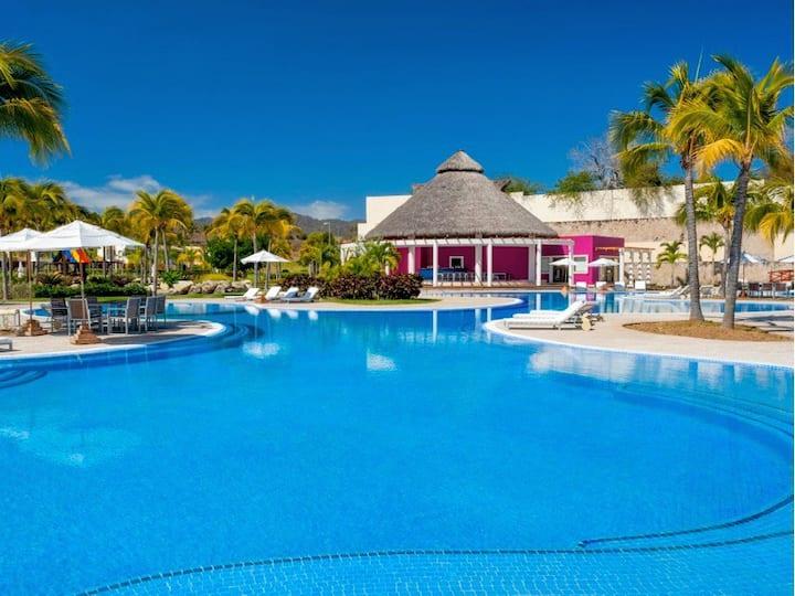 Casa Jacuzzi & Beach Club -8P