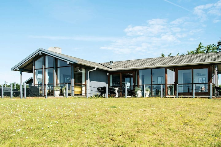Luxurious Holiday Home in Rønde Jutland With Ocean Near