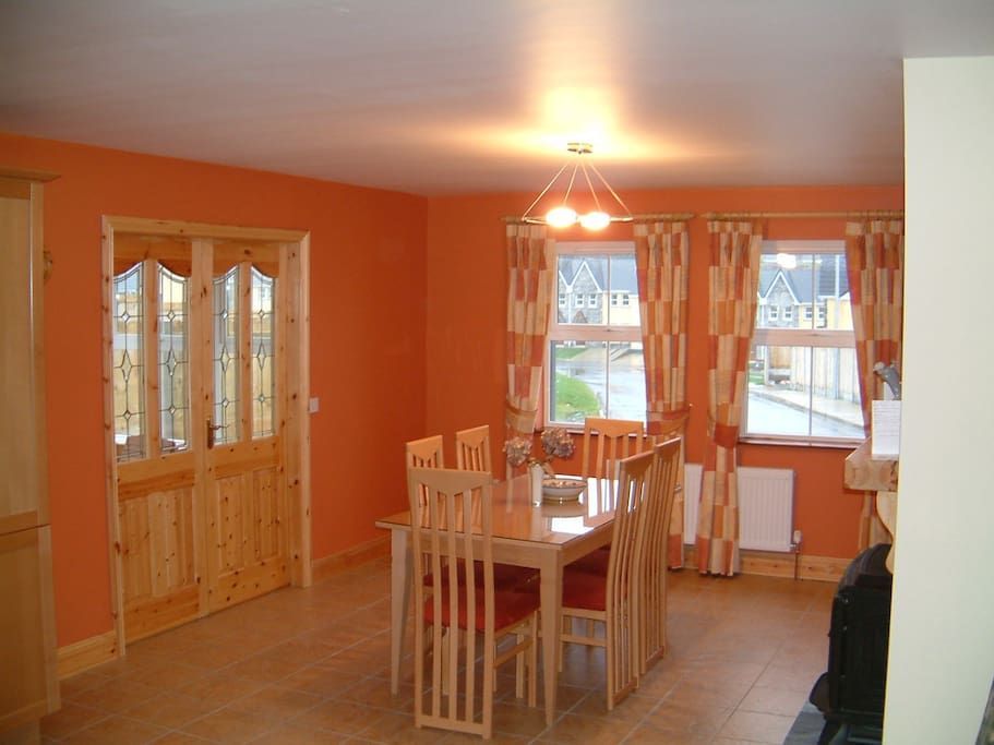 Kitchen/Dining Area.