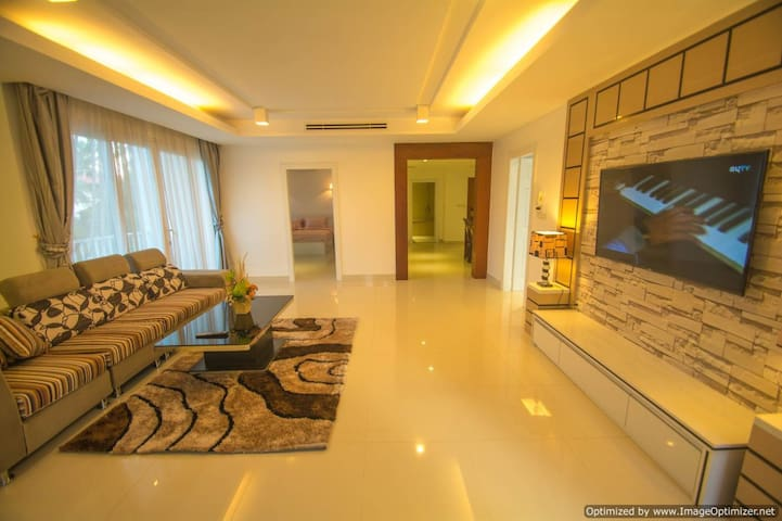 VIP Designer Apartment. Luxury in Siem Reap Centre - Krong Siem Reap - Lägenhet