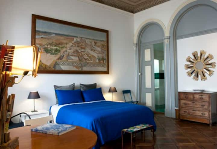 Charming room for Lisbon lovers