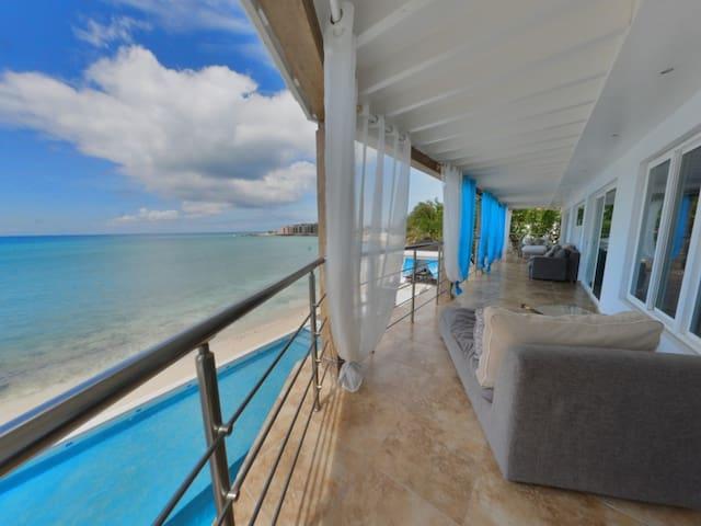 Villa LaLuna - Simpson Bay