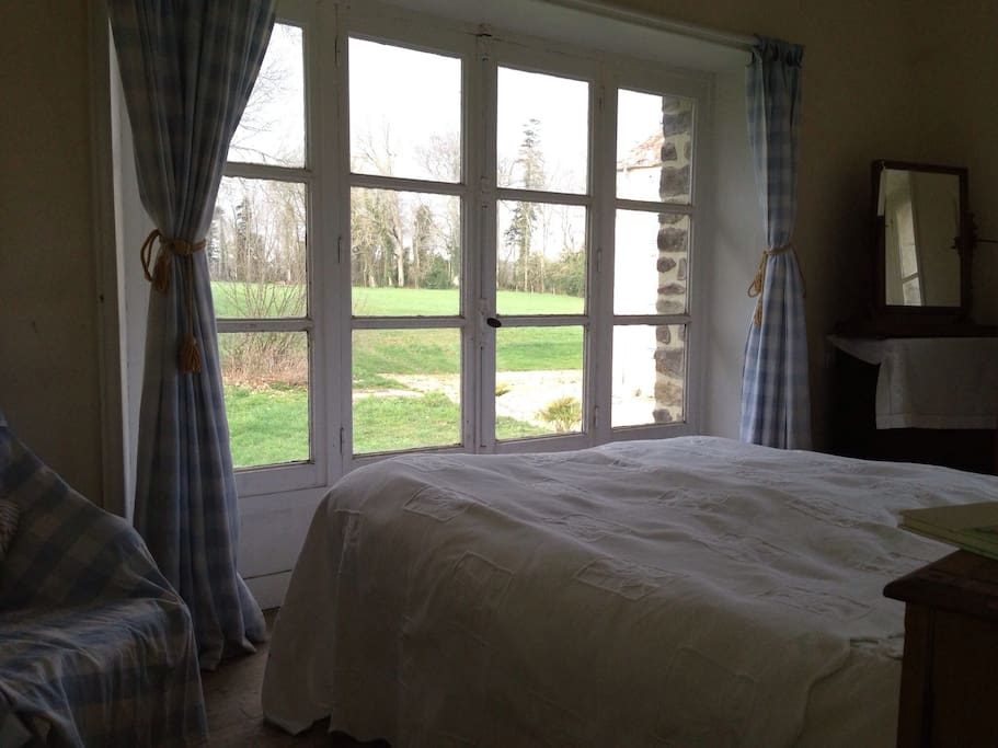 End bedroom with its view of the grounds