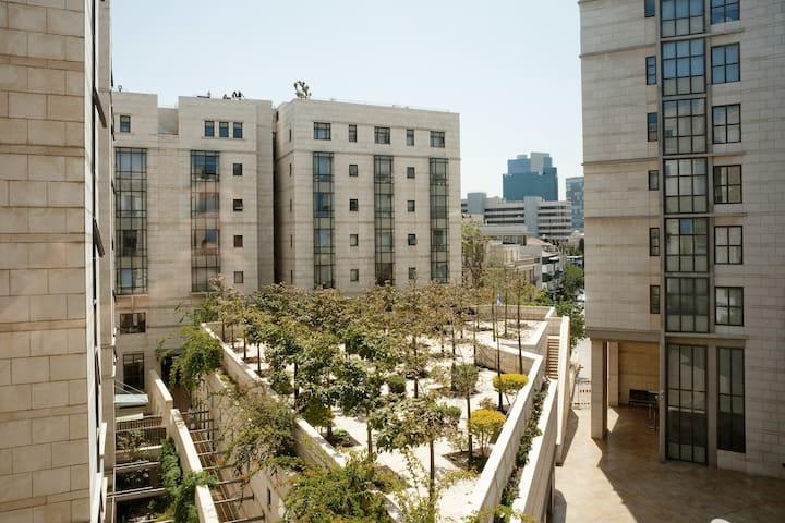 Lovely Flat in heart of Tel Aviv