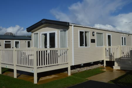 Luxury holiday caravan on 5* Par Sands Park - Muu