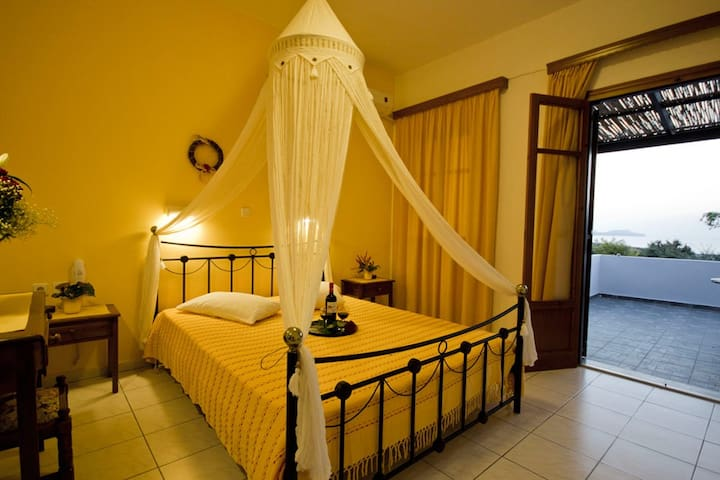 Double or Twin, Galini Hotel, Milos - Mytakas - Guesthouse