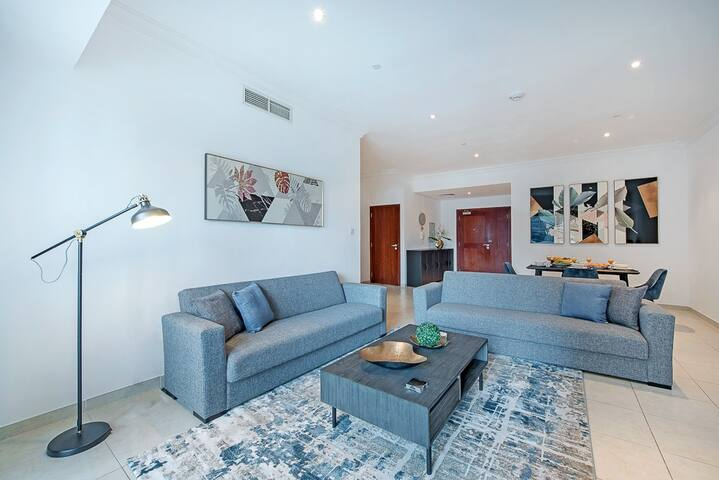 Modern Duplex 2BDR with balcony on the Marina