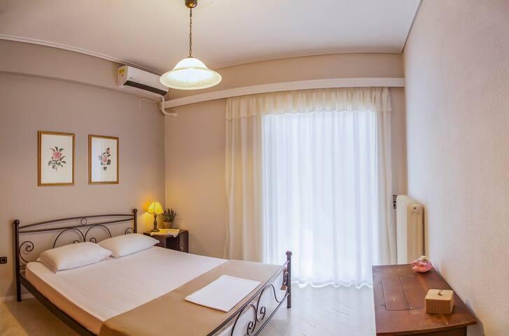 Mcqueen apartment