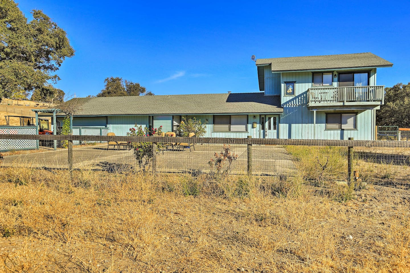 A California wine country paradise awaits 8 guests at this vacation rental home!