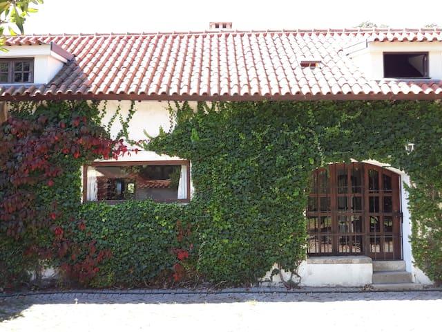 Garden House 1680