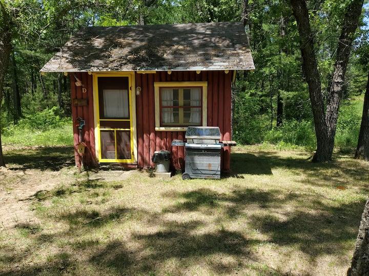 Rustic Cabin D Hunter's Special (No Pets)
