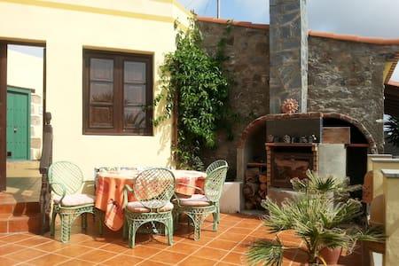 Finca Margarita, Casa Rural - Telde