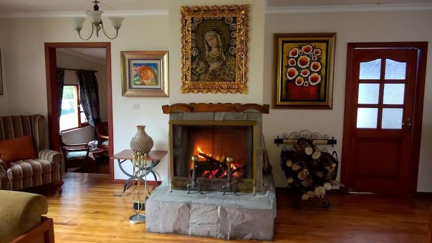 Casa de hacienda con todas las comodidades - Guamote - House