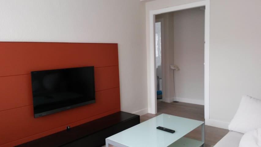 Apartamento céntrico:  Playa 50m, ocio y servicios - Castro Urdiales - Appartement