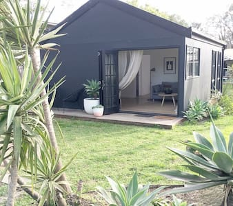 THE BLACK CABIN - Balnarring - Bed & Breakfast