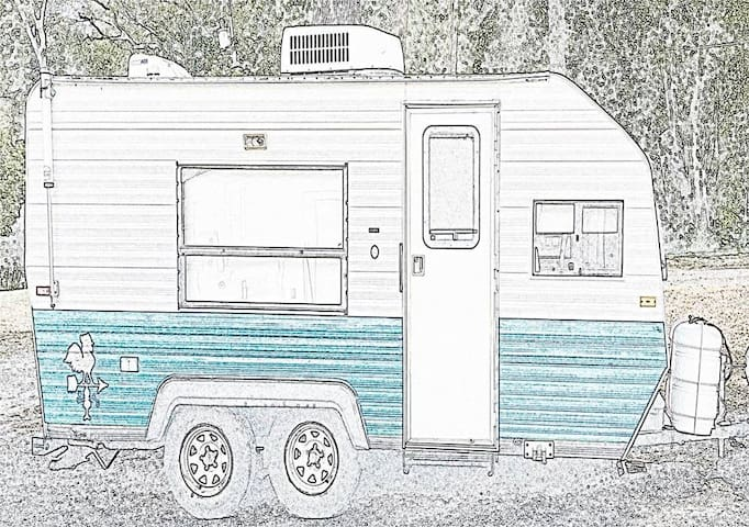 Little White Rooster - DeLand - Camper