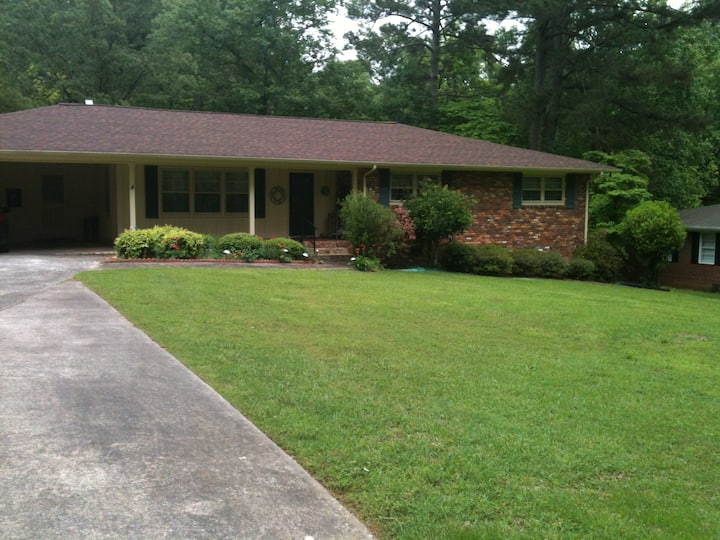 Charming 4BR home near Tanner, UWG