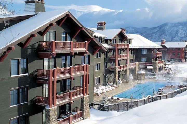 Ritz Carlton Hotel Aspen Highlands