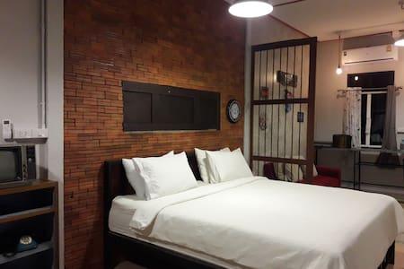 Baan Hotelier Resort บ้านโฮเทียลเลียร์ รีสอร์ท