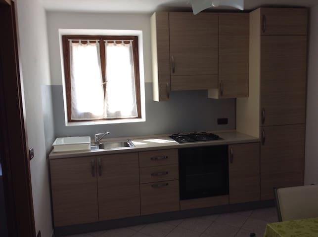 BILOCALE VALLE CAMONICA-LAGO D'ISEO - ESINE - Apartamento