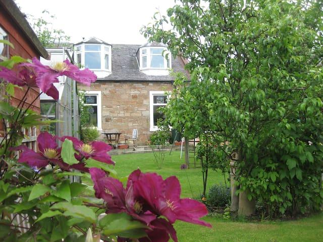 4 Bedroom House in Ayr - Ayr - House