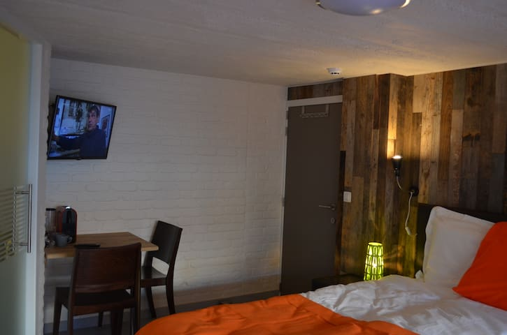 chambre d'Elza N°1 B&B Mouscron - Mouscron - Bed & Breakfast