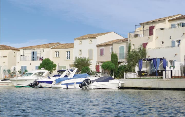 Awesome home in Aigues-Mortes with WiFi and 3 Bedrooms