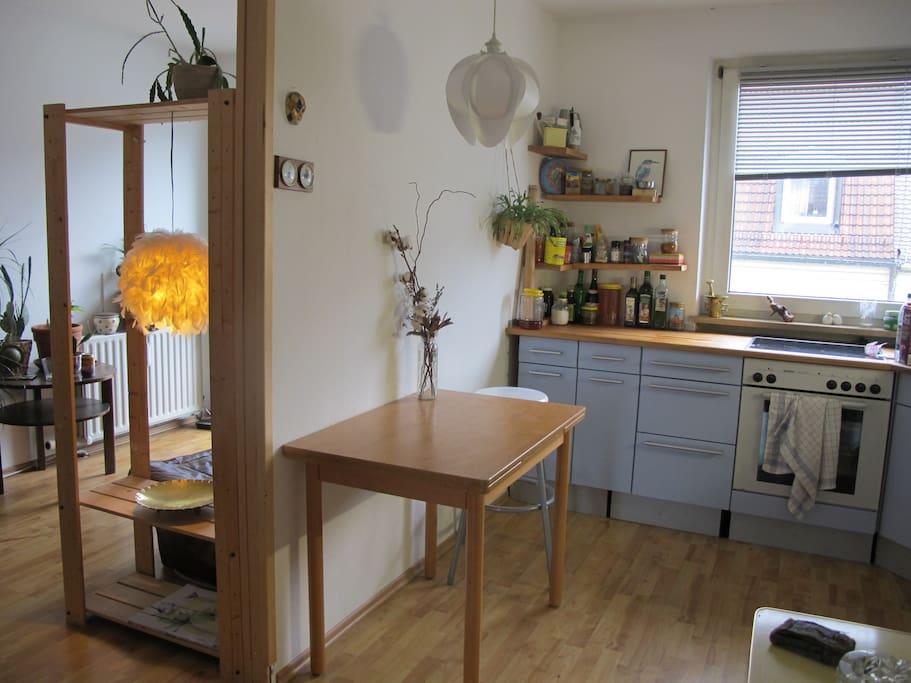 sch nes zimmer in sch ner wohnung wohnungen zur miete in m nchen bayern deutschland. Black Bedroom Furniture Sets. Home Design Ideas