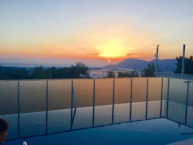 New 2 Bedroom Villa in Uzumlu 10 mins. from Kalkan - Kaş - Vila
