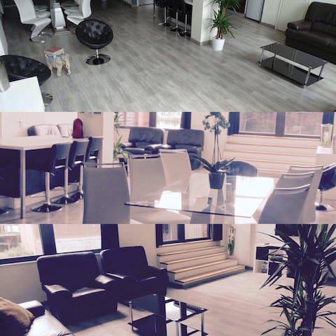 PRETTY LOFT ! 180 m²