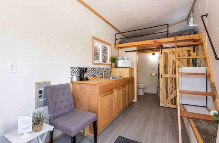 🏠Economical🏠Clean, comfortable Tiny House
