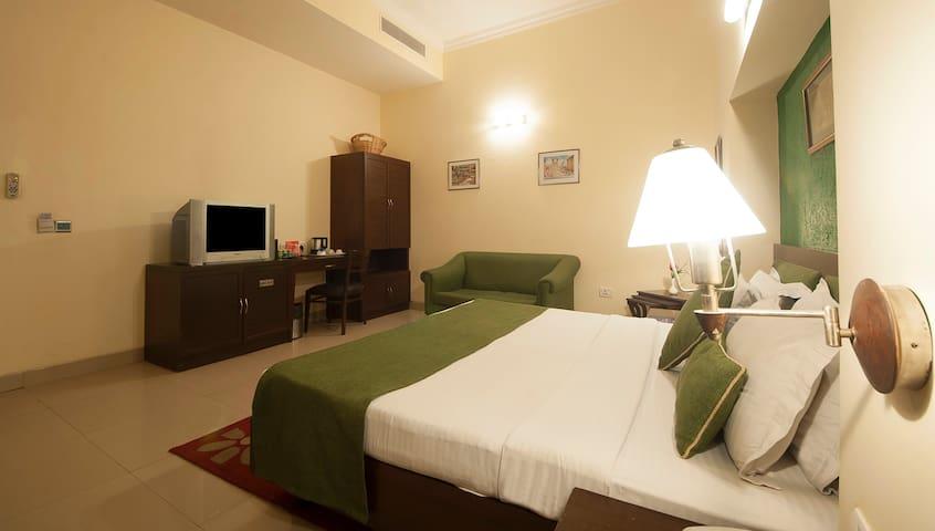 Luxury Room in CP , New Delhi