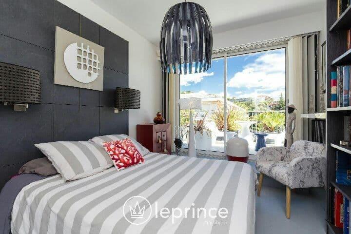 1 Chambre à louer chez les hôtes dans penthouse.