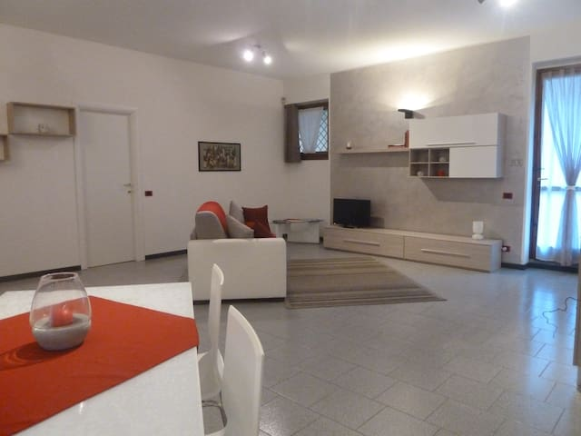 IL VECCHIO BORGO - Bergamo - Apartemen