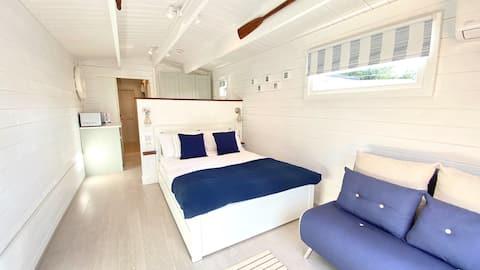 Coastal/rural cabin hideaway