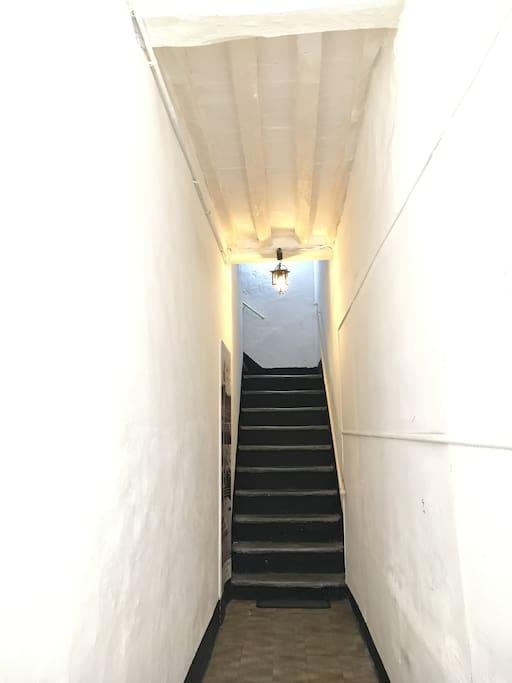 Corridor leading to the 1st floor