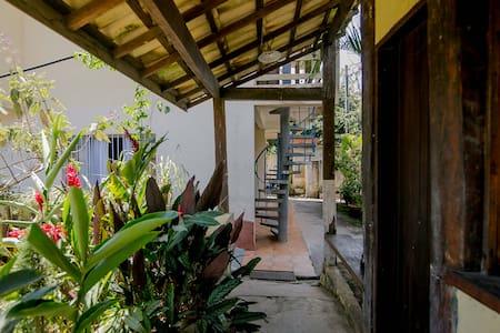 Apartamento Simples em Ilhabela