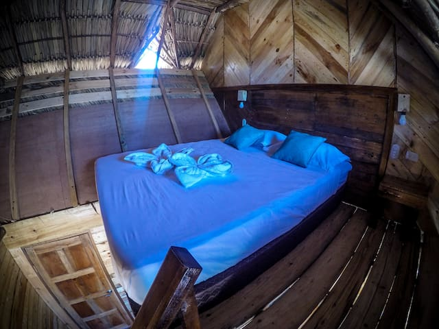 Queen bed in loft-style room (with view)