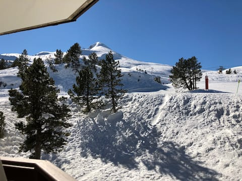 Ski slope apartment