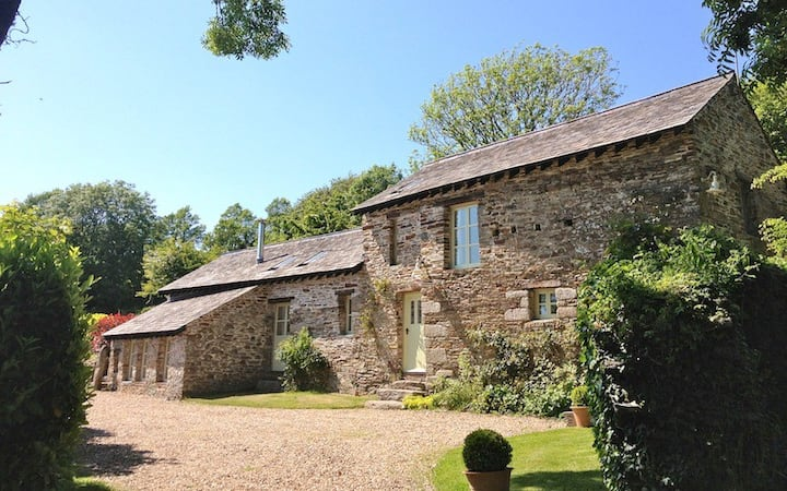 Long House - near Fowey with large garden/Parking