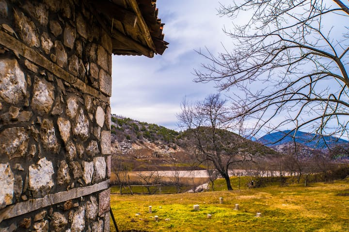 Vie Nomade, au coeur de l'Albanie.