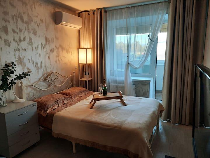Очень светлая, уютная современная квартира!