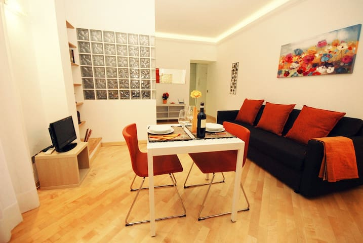 Colosseo - Luca's guest house - Rom - Lejlighed