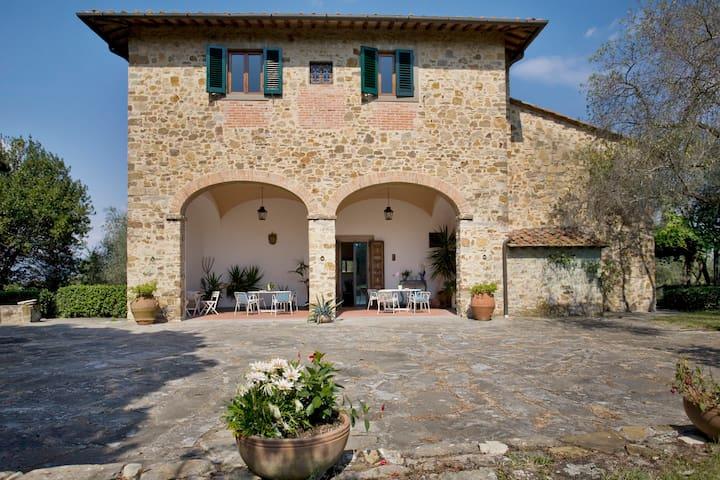 A paradise in the Florentine hills.. - Pozzolatico - Villa