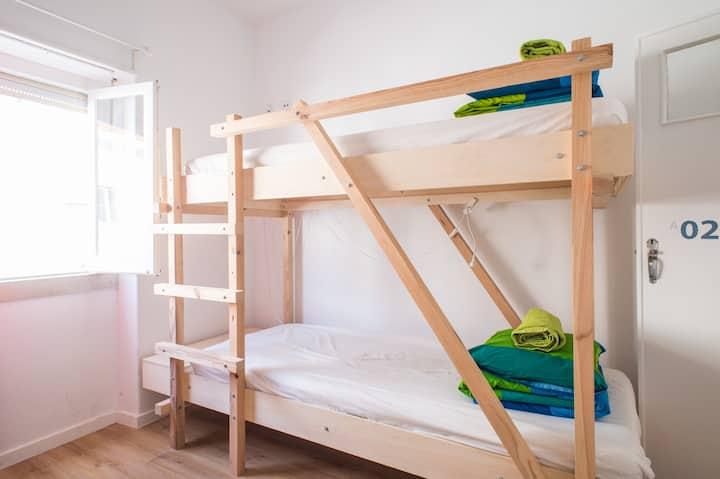 Nazaré Hostel |  4-bed dormitory #1