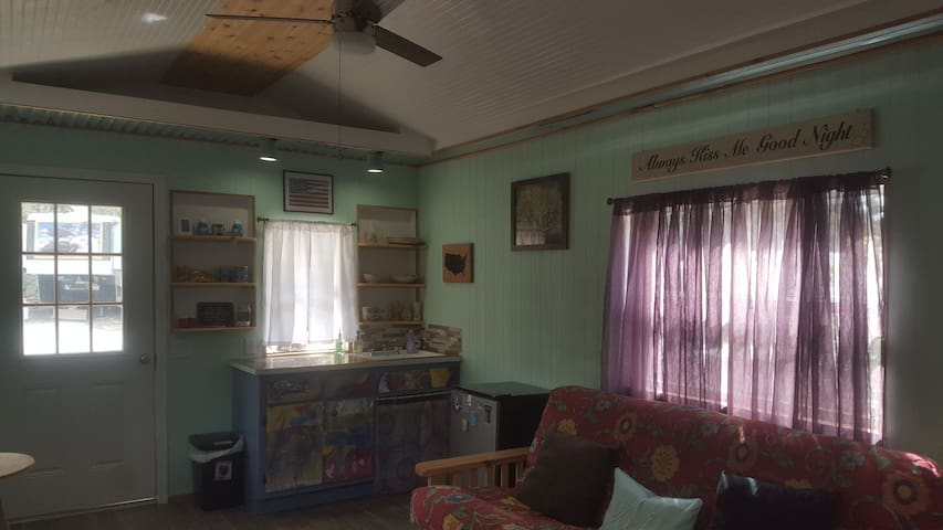 Off grid living at Hollister Homestead