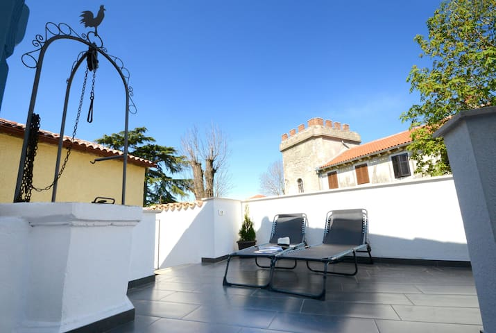 Warmly decorated Casa Nono Frane